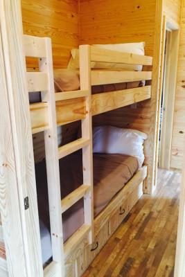 Benk Beds