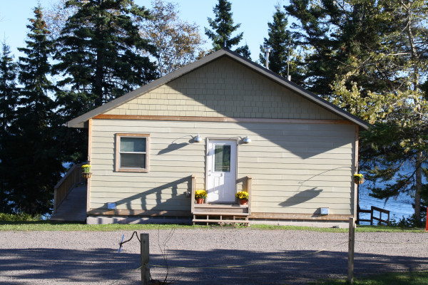 Book gooseberry cabin 3 duluth minnesota all cabins for Lake cabins for rent in massachusetts