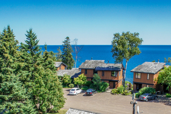 Book One Bedroom Sea Villa Duluth Minnesota All Cabins