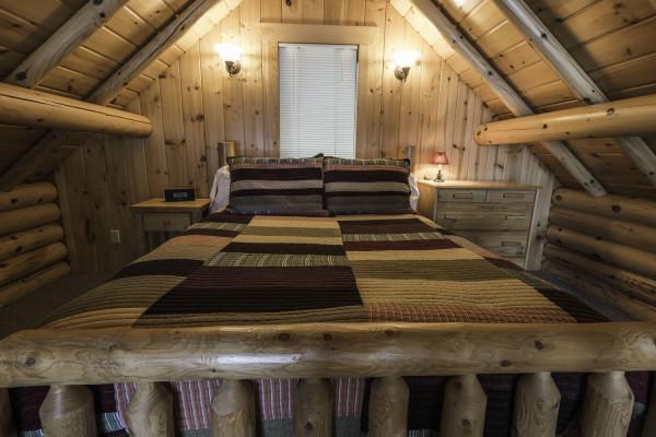 Stonegate Cabin Bedroom