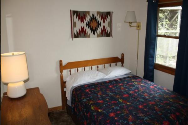Cedar Ridge Cabin Bedroom