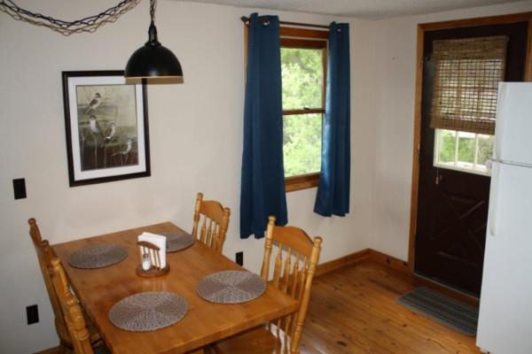 Cedar Ridge Cabin Dining Table