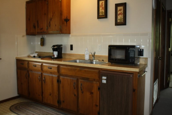 Valley View Cabin Fully Equipped Kitchenette