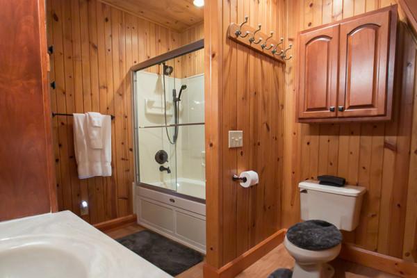 Twilight Cabin -  - Bathroom