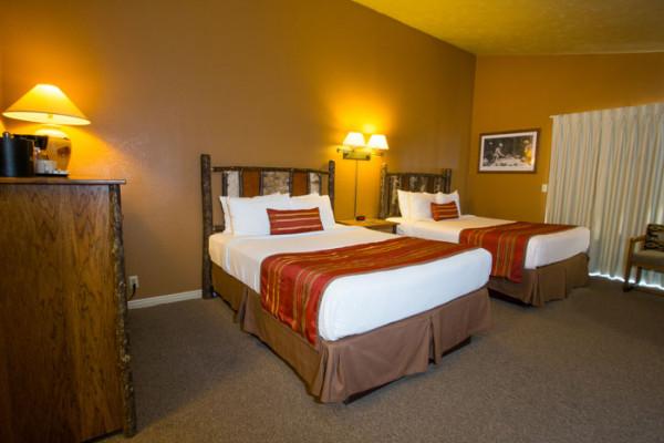 Cabin: Deluxe King Room; Deluxe Double Queen Room