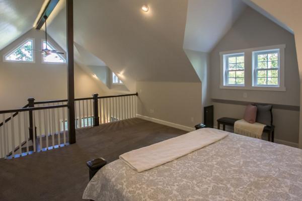 Hemlock Cabin - Bedroom