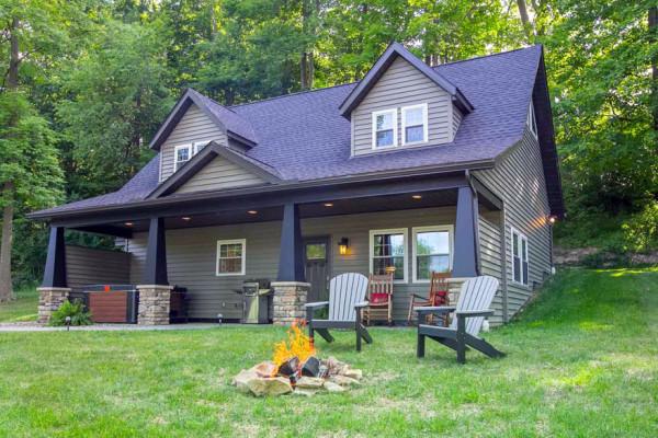 Hemlock Cabin - with Firepit