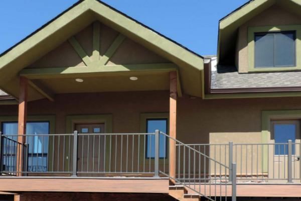 Exterior View - Top Floor Deck