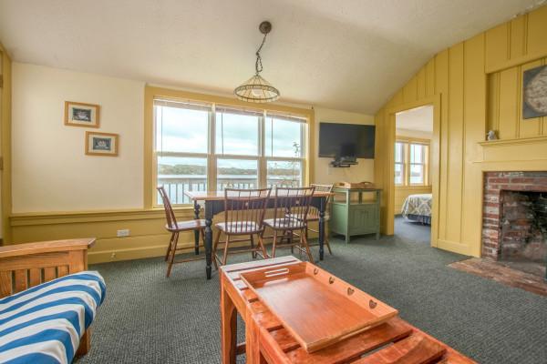 Top Sail Cottage Living Room
