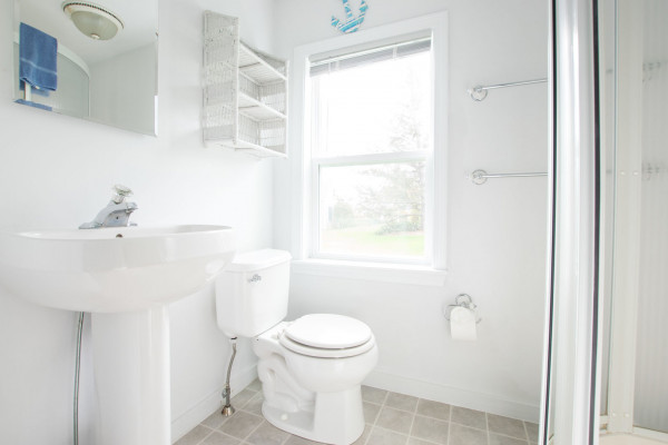 Pilot House Bathroom