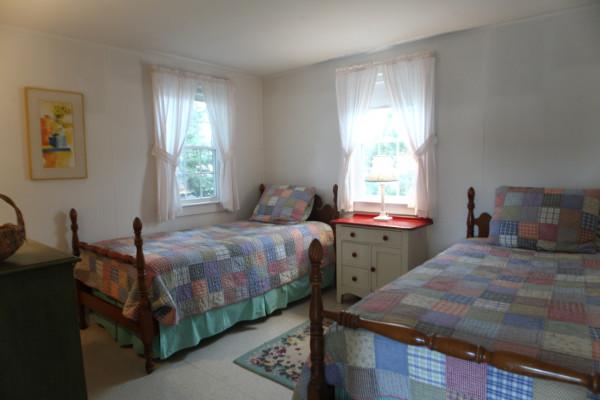 Chatham Seaside Cottages Bedroom