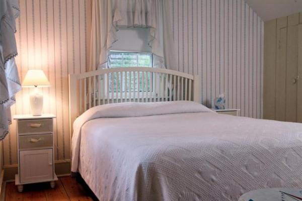 Ocean Front East Queen Bedroom