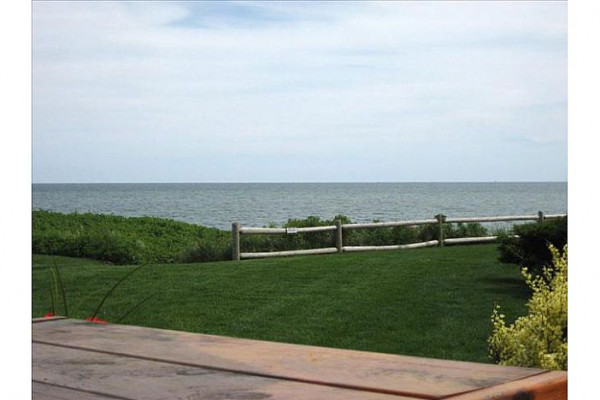 23 Chase Ave Cottage Oceanfront