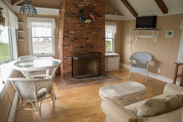 The Jewel Cottage Living Room