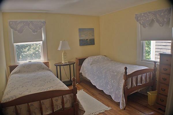 Carpe Diem Cottage Bedroom 2