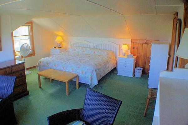 Carpe Diem Cottage Bedroom 3