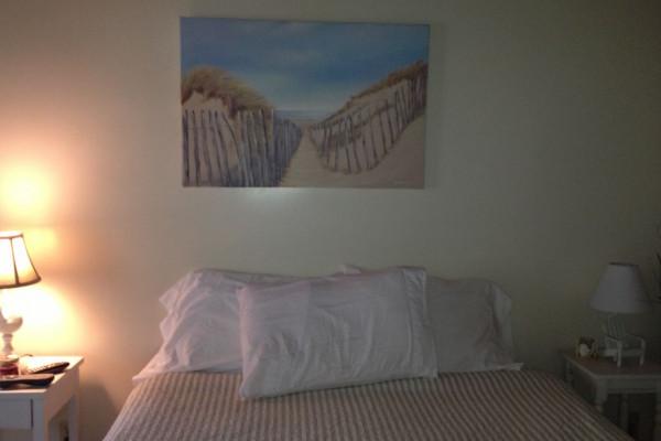 Cabin 1 Queen Bed