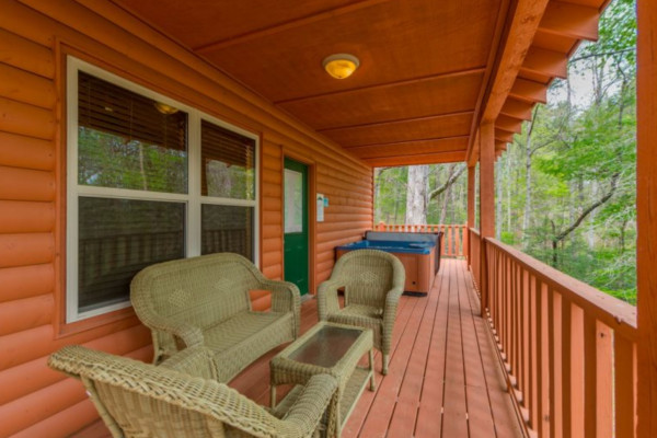 Elation Cabin - Porch and Hot Tub