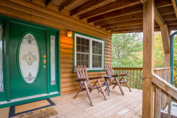 Bear's Den  Front Porch