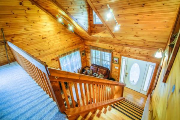 Bear's Den Stairway