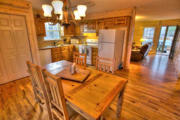 Moose Hollow - Kitchen