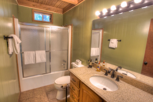 Chalet - Bathroom