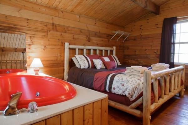 Love Bird - Bedroom