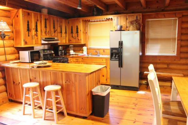 Mauldin Creek Cabin - Kitchen