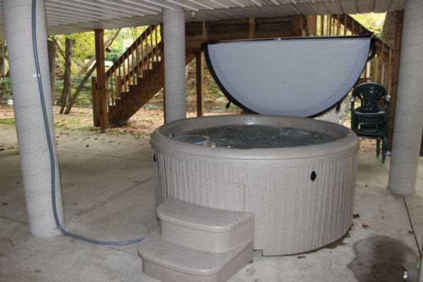 River Haus Hot Tub