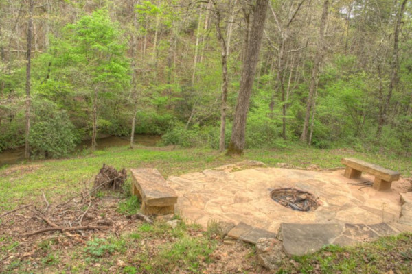 Amy's Creek Cabin - with Fire Pit