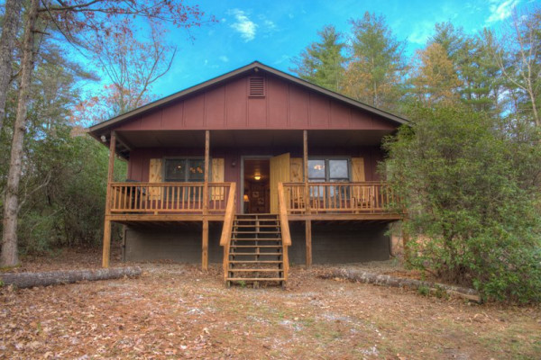 Book Chimney Mountain Cabin Helen Georgia All Cabins