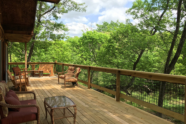 Deck with Outdoor Seating