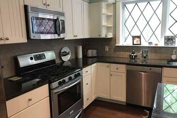 Kitchen and Oven