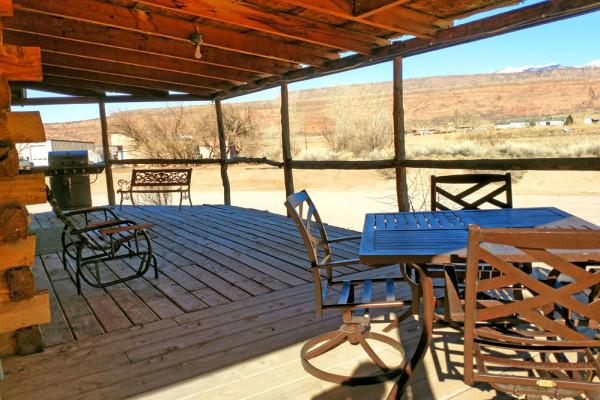Book big horn cabin moab utah all cabins for Moab utah cabins