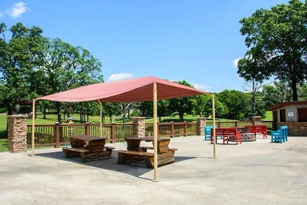 Cedar Cove Resort Picnic Area