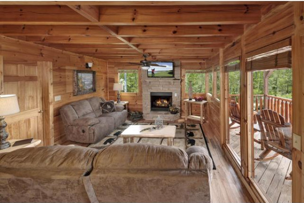 Relaxation Room to Deck