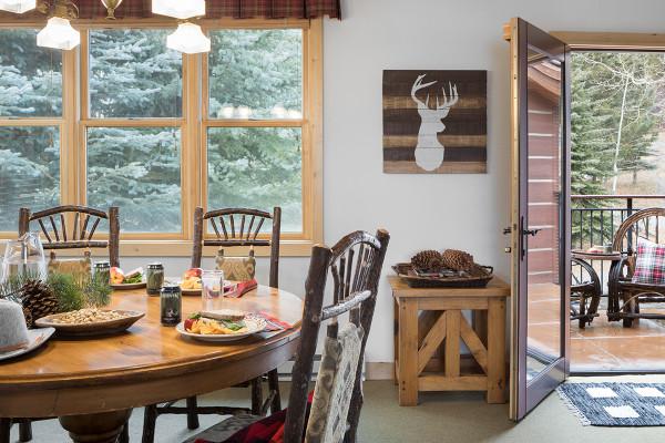 Dining - Moose Creek - Slopeside Luxury Cabin Teton Village
