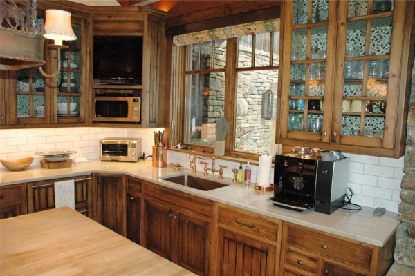 Gourmet kitchen with ample counter and entertainment space
