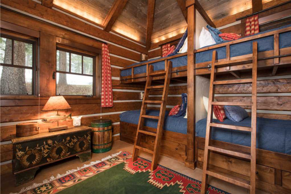 Guest house double bunk