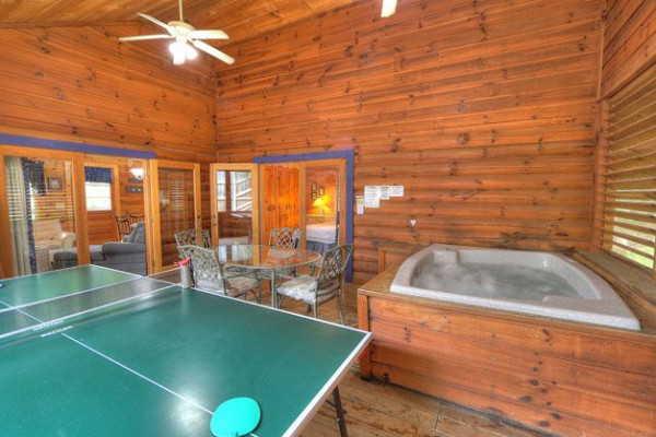 Game Room & Hot Tub