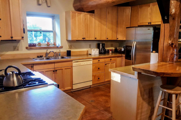 Book Lucky Dog Lodge West Yellowstone Montana All Cabins