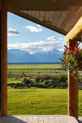 Porch - Elk Refuge - Jackson Hole Luxury Vacation Cabin