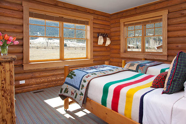 Twin Beds - Elk Refuge - Jackson Hole Luxury Vacation Cabin