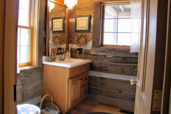 Restroom & Sink