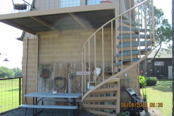 Exterior Stairway