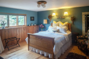 Wildflower / Blueberry Patch Rooms