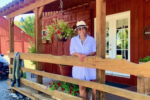 Exterior of Hansen Guest Ranch
