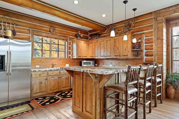 Teton Elk Cabin Kitchen