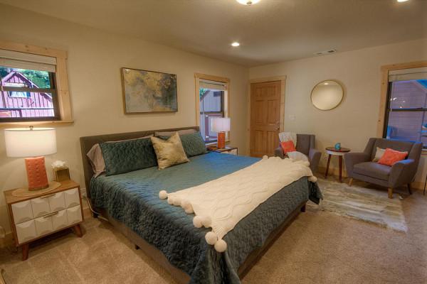 Oak Scape Bedroom