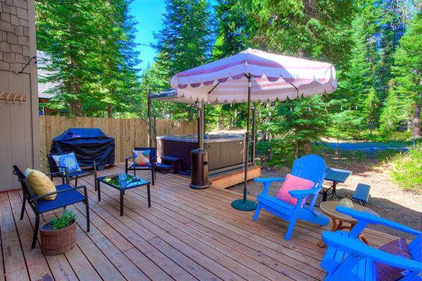 Oak Scape Deck